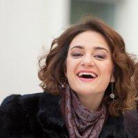 Человек создан для счастья, как птица для полета. Короленко.  Шикарнейшая Настюша!!! :: Лариса Сафонова