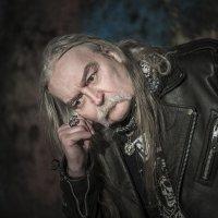 Старый рокер... :: Сергей Смоляков