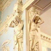 Атлант и кариатида :: Дмитрий Никитин