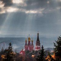 Свет с небес :: Сергей Балкунов