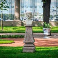 Летний сад. :: Сергей Исаенко