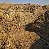 Ущелье Нахаль Прат в Иудейских горах :: Alexandr Zykov