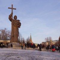 Памятник Владимиру Святославовичу на Боровитском холме :: Александра