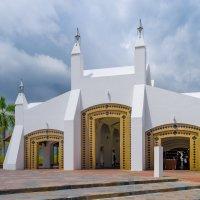 Eagle Square, город Куах, остров Лангкави, Малайзия. :: Edward J.Berelet