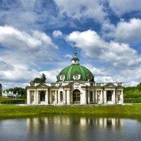 В парке. :: Oleg S