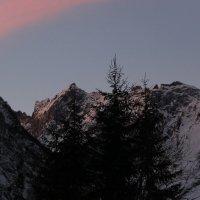 Рассвет в горах :: Вячеслав Случившийся