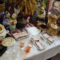 Какой же праздник без сала и горилки? :: Владимир Болдырев
