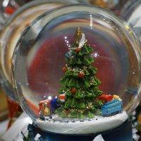 Сказка за стеклом ... :: Лариса Корженевская