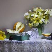 Прекрасных лилий аромат... :: Валентина Колова