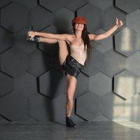 Восторженная танцовщица :: Михаил Андреев