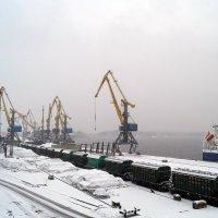 Зимний порт. :: сергей лебедев