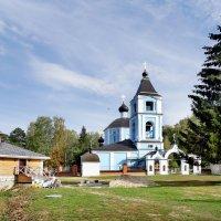 Успенский храм села Боголепова Пустынь Клинского района :: Oleg S