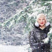 Снегопад :: Наталья Мячикова