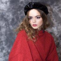портрет девушки :: Ирина Гомозова