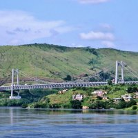 Мост на реке Конго :: Андрей K.
