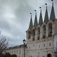 Звонница в Богородичном Успенском монастыре :: Ольга Лиманская
