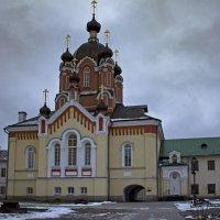 Крестовоздвиженская церковь :: Ольга Лиманская
