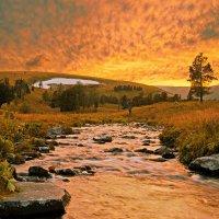 закат в горах :: vladimir polovnikov