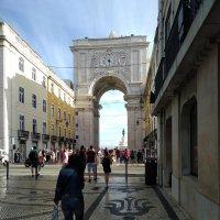 Триумфальная арка в Лиссабоне :: Марина Волкова