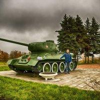 Питер Т-34 на Пулковских высотах с Сыном :: Юрий Плеханов
