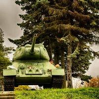 Питер Т-34 на Пулковских высотах :: Юрий Плеханов