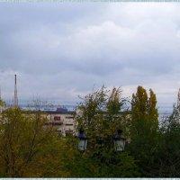 Вдалеке виднеется Черное море... :: Любовь К.