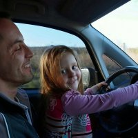 Про то, как внучка деда однажды прокатила... :: Александр Резуненко