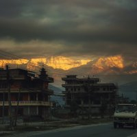 Рассветная Покхара... Непал.Гималаи. :: Александр Вивчарик