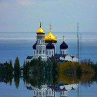 ОТРАЖЕНИЯ НЕБЕС :: Анатолий Восточный