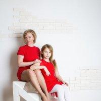 Красавицы мама с дочкой :: Ната Коротченко