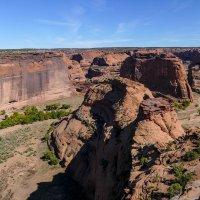 Найдите дома индейцев в нишах скал каньона Де Шейи! (Аризона, США) :: Юрий Поляков