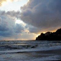 Осенний шторм на закате :: Виктория Попова
