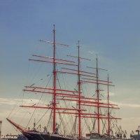 Бригантина поднимает паруса :: bajguz igor