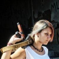 Девушка с автоматом :: Дмитрий Переяслов