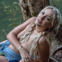 На речке, на речке, на том бережочке... :: Борис Лебедев