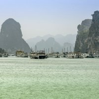 Южно-китайское море, бухта Халонг :: Виктор Куприянов