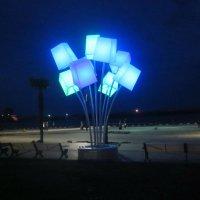 Ялта. Светильники на набережной :: татьяна