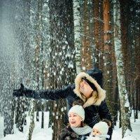 Семья-счастье, семья-наше все. Зима. Лес. :: Наталья Батракова