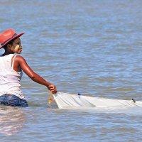 Рыбачка из Мурундавы :: Евгений Печенин