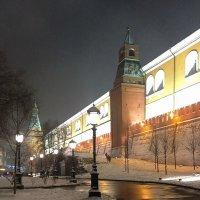 Средняя Арсенальная башня Кремля :: Владимир