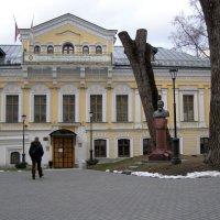 памятник Хитрово В.Н. :: Анна Воробьева