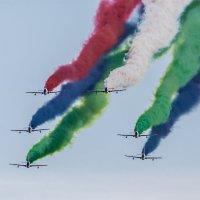 AL FURSAN. Пилотажная группа из ОАЭ. :: Константин Дронов