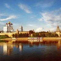Псковский Кром (кремль), Река Великая :: Алексей A