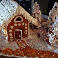 Пряничный домик к празднику . :: Мила Бовкун