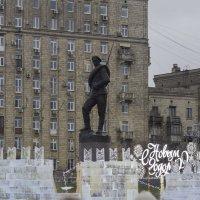 Российский воин бережёт Родной страны покой и славу ! :: Yuri Chudnovetz