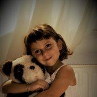 Партрет девочки с игрушкой :: Ариэль Volodkova