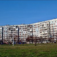 Голубое небо, зелёная трава - зимний день в моём городе :: Нина Корешкова
