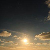 Солнышко перед закатом :: valeriy khlopunov