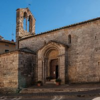 Сан-Квирико д'Орча. Тоскана. Церковь Санта Мария Ассунта :: Надежда Лаптева