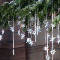 Фрагмент Рождественской  елки Сваровского в Цюрихе :: Mariya laimite